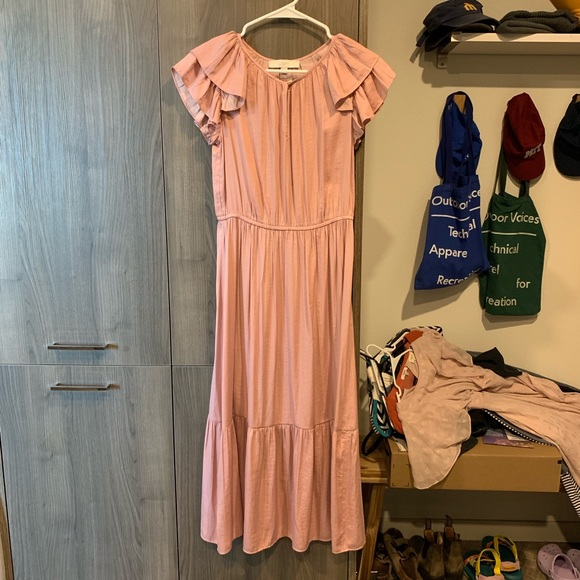 LOFT Dresses & Skirts - Ann Taylor Loft blush pink ruffle maxi dress XS